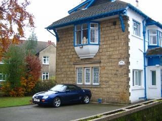 Nice House with Internet Access and Television - Leeds vacation rentals