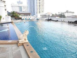 Jomtien Beach Condotel on Jomtien Beach - Thailand vacation rentals