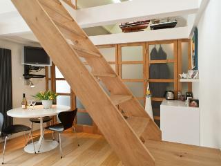 Sluice apartment Amsterdam - Amsterdam vacation rentals