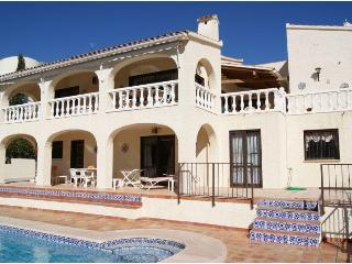 villa 6 pers.pool of 11 m on golf course, sea view - Altea la Vella vacation rentals