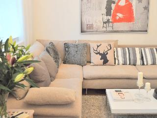 New! Covent Garden House/luxury 2bed, 5min to tube - London vacation rentals