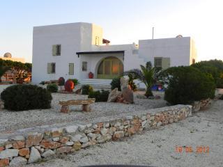 Villa Eden a luxury villa in Paros Island Greece - Parikia vacation rentals