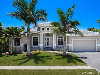 BELLE MAISON - 'Island Contemporary' Perfection - Marco Island vacation rentals
