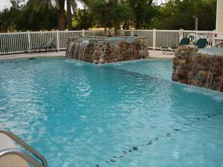 Community Pool - Fab 3 Bdrm Condo on St. Simons!  Pool! - Saint Simons Island - rentals