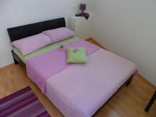 Beautiful 1 bedroom Vacation Rental in Hvar - Hvar vacation rentals