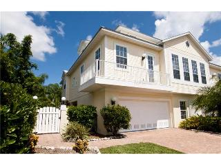 Beautiful 3 bedroom House in Holmes Beach - Holmes Beach vacation rentals
