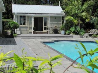 Duckpond B & B Kumeu, Auckland. - Kumeu vacation rentals