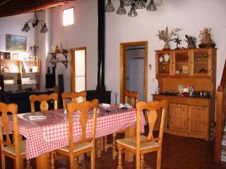 Casa con encanto en La Vera (Cáceres) - Cuacos de Yuste vacation rentals