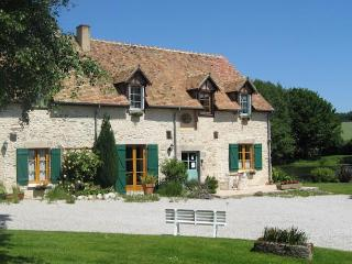Beautiful Normandy Farmhouse B&B and Gardens - Ancinnes vacation rentals
