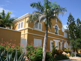 Luxury Private Oceanfront Villa with Private Pool - Kralendijk vacation rentals
