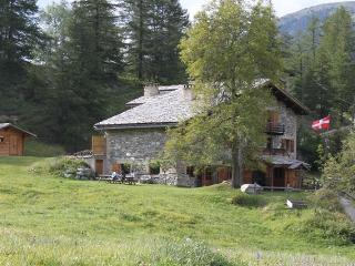 Summer Mountain Gite 1670m at start of trails - Bramans vacation rentals