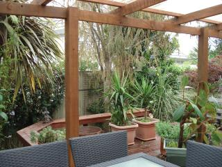 Lovely House with Internet Access and Dishwasher - Waikawa vacation rentals