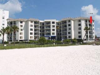 Bright 2 bedroom Apartment in Saint Pete Beach - Saint Pete Beach vacation rentals