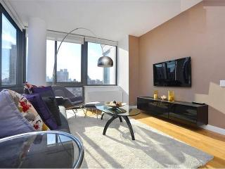 LuX 2 bedroom 2 bathHeated Swimming Pool!Doorman! - New York City vacation rentals