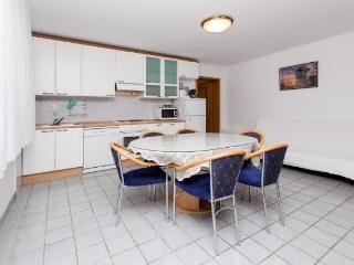 Apartments Šima - 32091-A5 - Vinisce vacation rentals