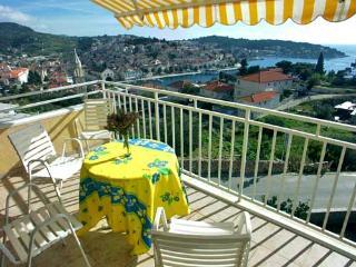 Apartments Frane - 34331-A4 - Hvar vacation rentals