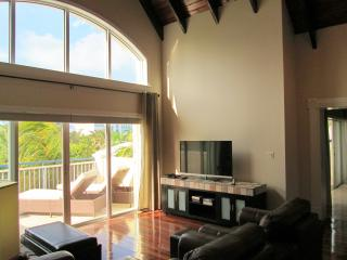 Carpe Diem Penthouse, in the heart of Grace Bay - Providenciales vacation rentals