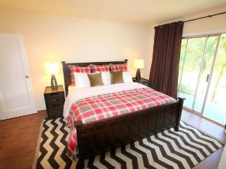 West Hollywood 1 bedroom with PRIVATE POOL (4491) - Los Angeles vacation rentals