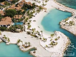 Curacao Banyan Tree Loft Room - Willemstad vacation rentals