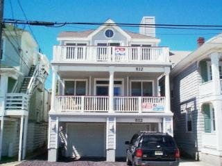 Beautiful Condo with Deck and Internet Access - Ocean City vacation rentals