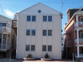 3316 Asbury Avenue 1st Floor Unit B 112730 - Ocean City vacation rentals