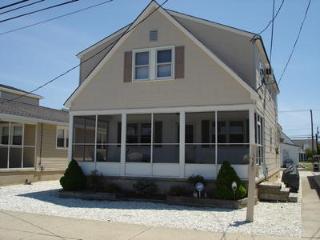 3531 Haven Avenue 2nd Floor 111700 - New Jersey vacation rentals