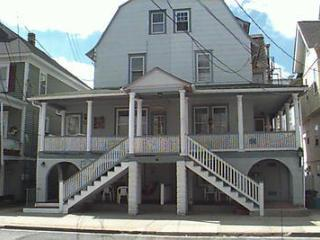 710 Plymouth Place 1st Floor 112105 - Ocean City vacation rentals