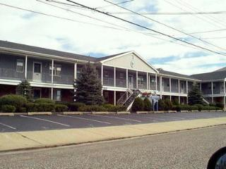 Nice Condo with Deck and A/C - Ocean City vacation rentals
