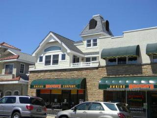 948 Asbury Avenue 2nd Floor 111716 - Ocean City vacation rentals