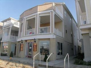 1123 Asbury Avenue 2nd Floor 114806 - Ocean City vacation rentals