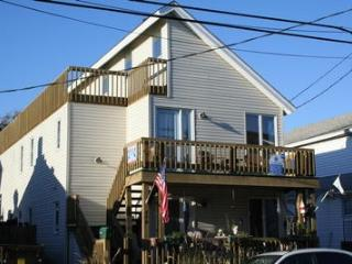 Nice Condo with Deck and Internet Access - Ocean City vacation rentals