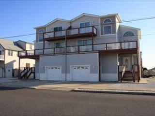 140 74th Street 16625 - Image 1 - Sea Isle City - rentals
