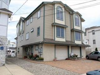 319 45th Place 3669 - Image 1 - Sea Isle City - rentals