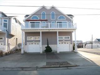 32 32nd Street 54000 - Image 1 - Sea Isle City - rentals