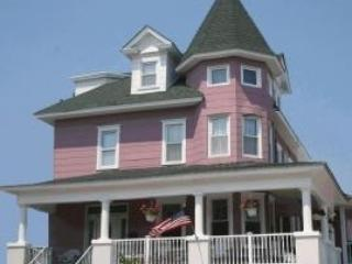The Victorian Inn A 113681 - Image 1 - Ocean City - rentals