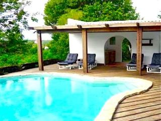 Lovely 4 bedroom House in Westerhall Point with Private Outdoor Pool - Westerhall Point vacation rentals