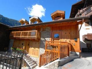 Luciana ~ RA33196 - Comasine vacation rentals