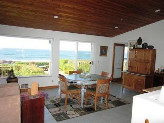 2 bedroom House with Deck in Seal Rock - Seal Rock vacation rentals