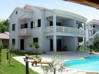 Tomislav ~ RA31192 - Kampor vacation rentals