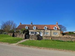Binkleys Cottage ~ RA29724 - Scarborough vacation rentals