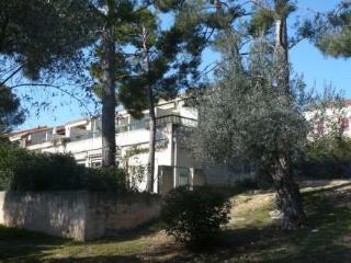 Les Jardins du Port ~ RA28474 - Les Lecques vacation rentals