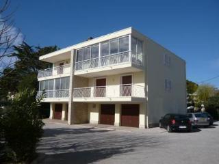 Les Lauriers Roses ~ RA28454 - Saint Cyr sur mer vacation rentals