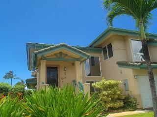 Villas on the Prince 34: Elegant 3br Villa, walk to shopping and Anini Beach - Princeville vacation rentals