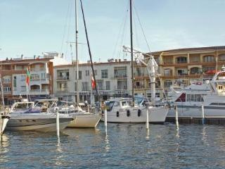 Apartaments del Port ~ RA20323 - Empuriabrava vacation rentals
