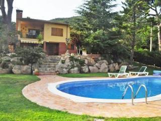 Volta Del Abre 198 ~ RA20842 - Romanya de la Selva vacation rentals