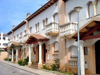 Urb Margarita Xirgú ~ RA21216 - Roda de Bara vacation rentals