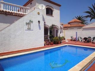 Casa Rosina ~ RA21377 - Miami Platja vacation rentals