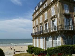 Les Roches Noires ~ RA24694 - Trouville vacation rentals