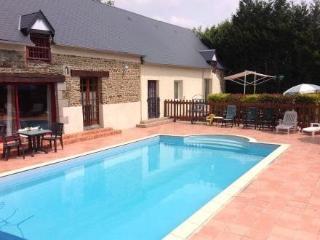 Gîtes Ballant Le saloon ~ RA24913 - Vessey vacation rentals