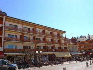 Farinet B 21 ~ RA10740 - Crans-Montana vacation rentals